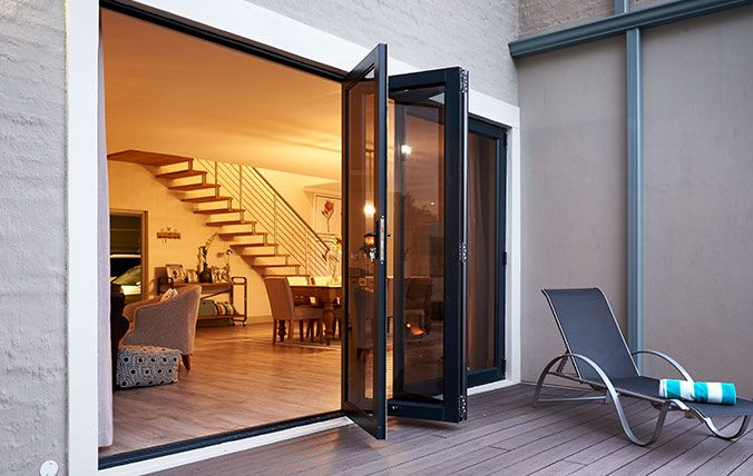 stoep with sliding folding door