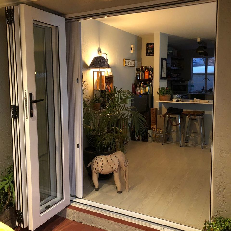 Open Aluminium Folding Door